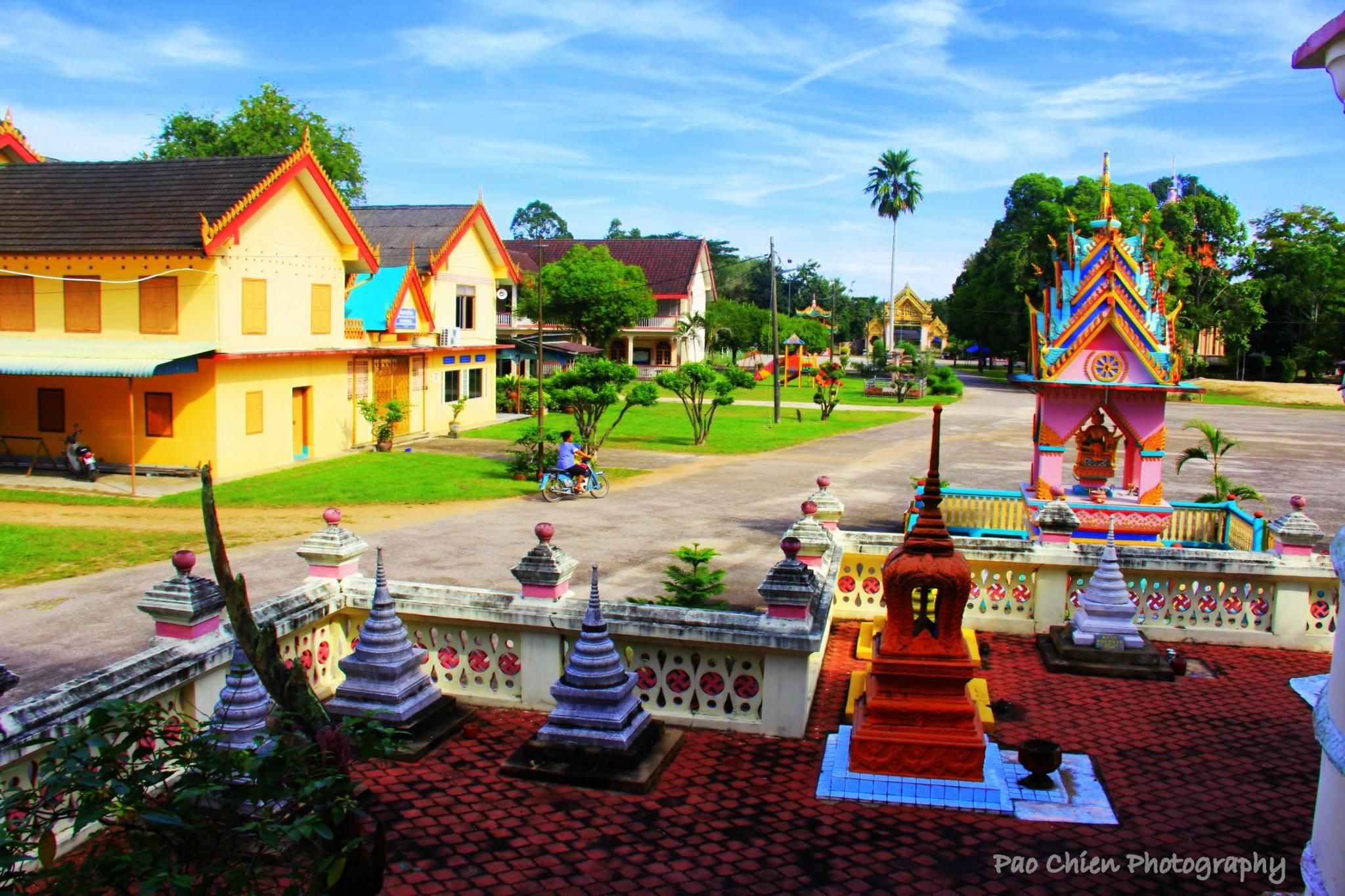 Wat-Uttamaram-1