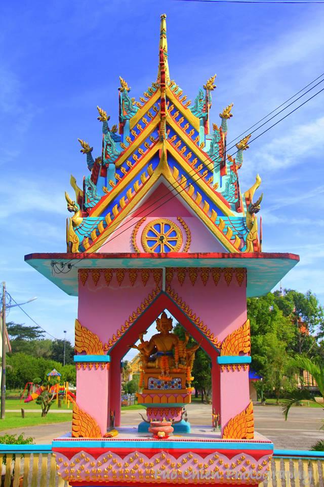 Wat-Uttamaram-7
